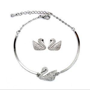 Fashion crystal swan bracelet earrings set